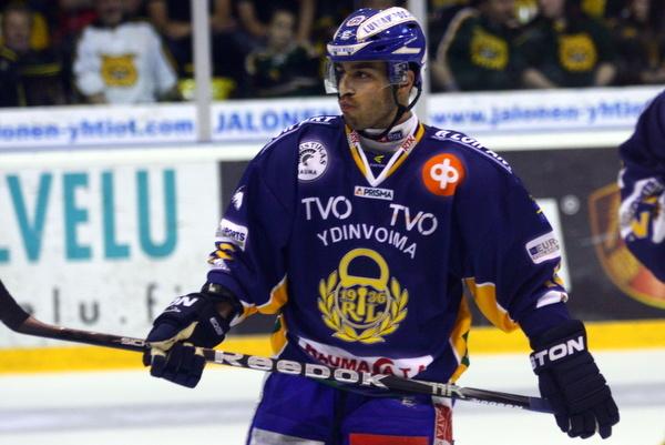 Justin Azevedo dominoi Raumalla ja Prahassa. Jatkuvatko vahvat otteet Kazanissa?