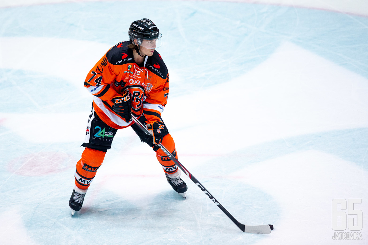 Petteri Nikkilä saalisti torstaina Ilvestä vastaan tehot 0+2.