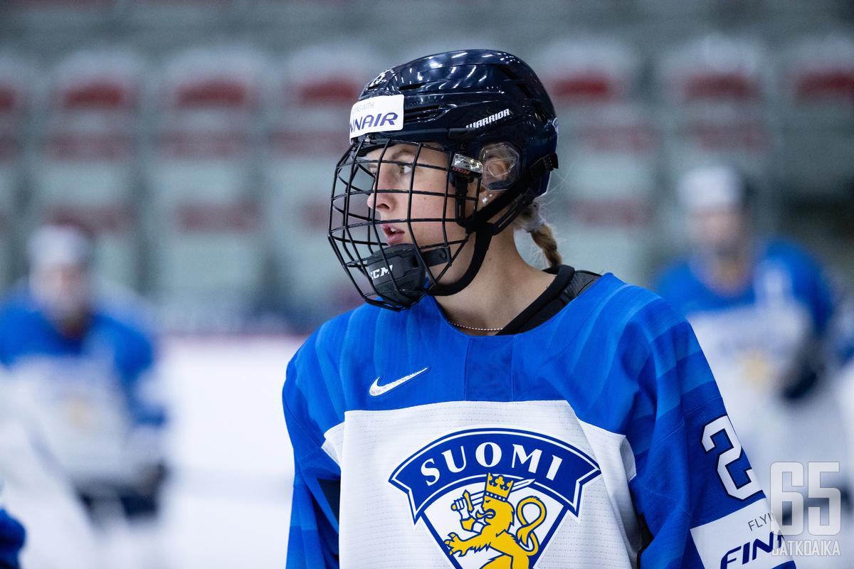 Jenniina Nylund pelaa ensimmäisissä aikuisten arvokisoissaan.