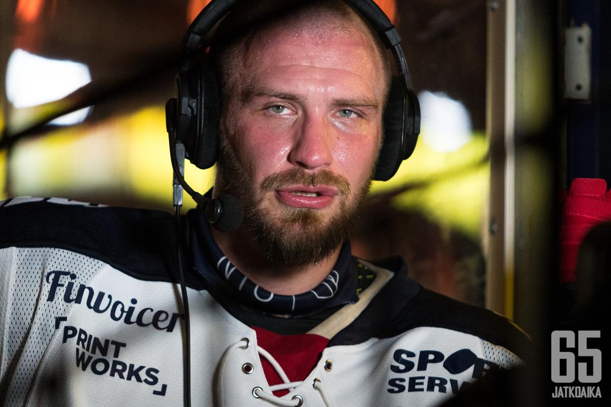 Kokeneen Jonne Virtasen ura jatkuu Vaasan Sportissa.