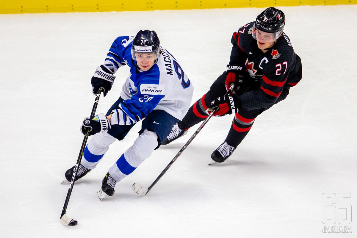 Hayton on kipparoinut Kanadan alle 20-vuotiaiden MM-kultaan.