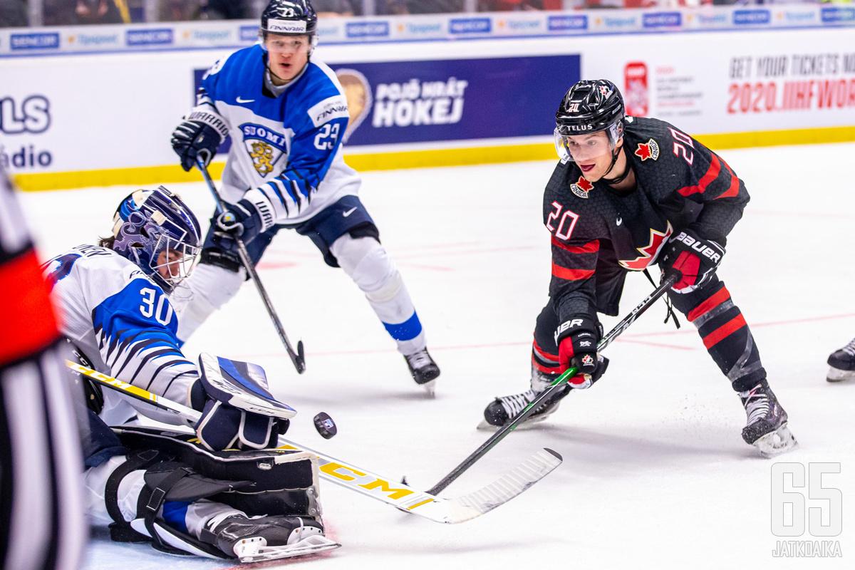 Vuoden takaisissa MM-kisoissa Kanada murskasi Nuoret Leijonat 5–0-lukemin.