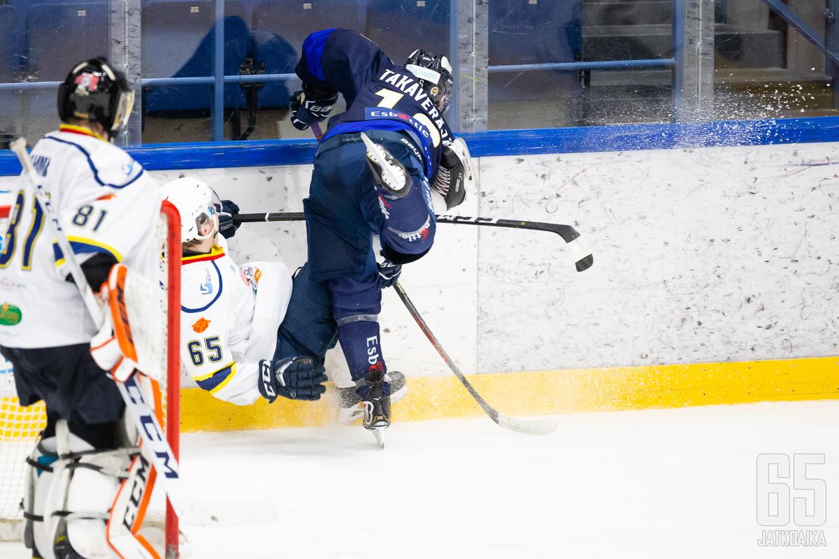 K-Espoo on jyrännyt vastustajan toisensa perään.