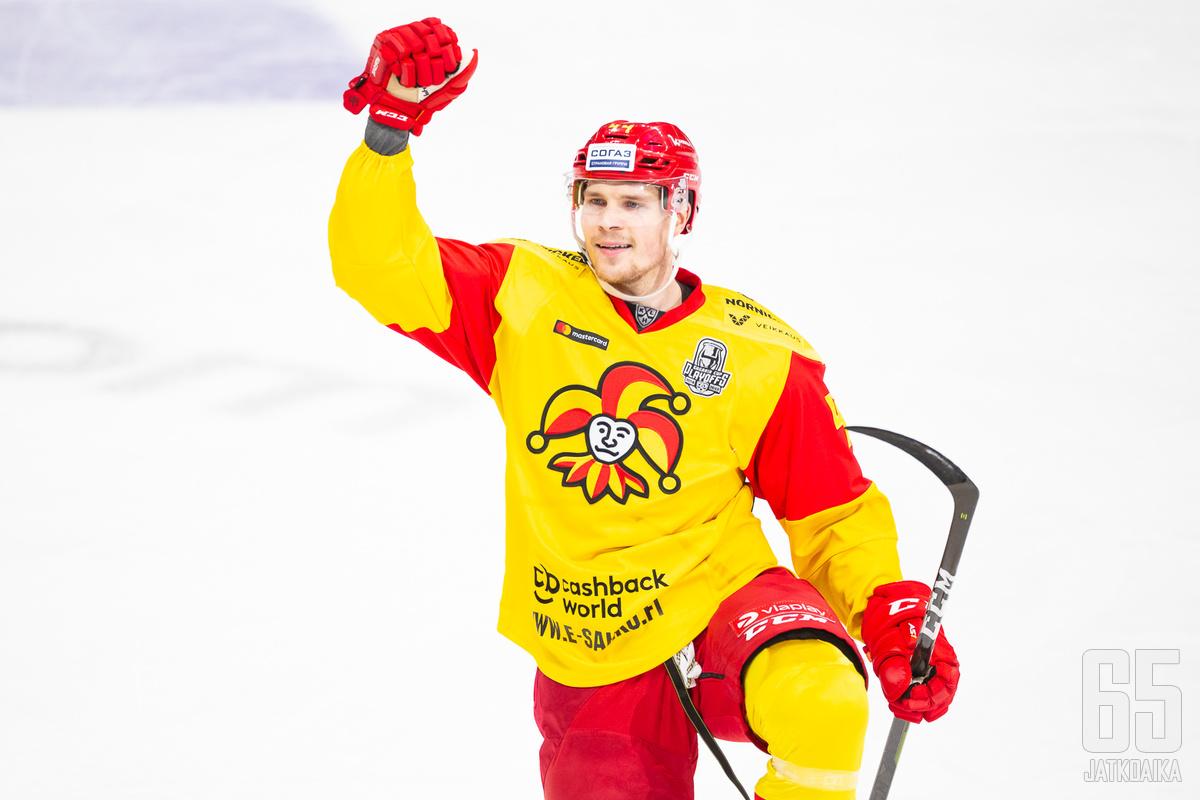 Mikko Lehtonen ihastutti viime kaudella Jokereissa tehoillaan 17+32.