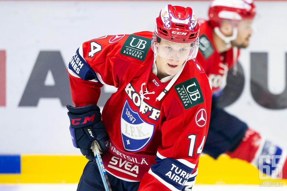 Antti Suomela ehti pelata HIFK:ssa kolme ottelua ennen loukkaantumista