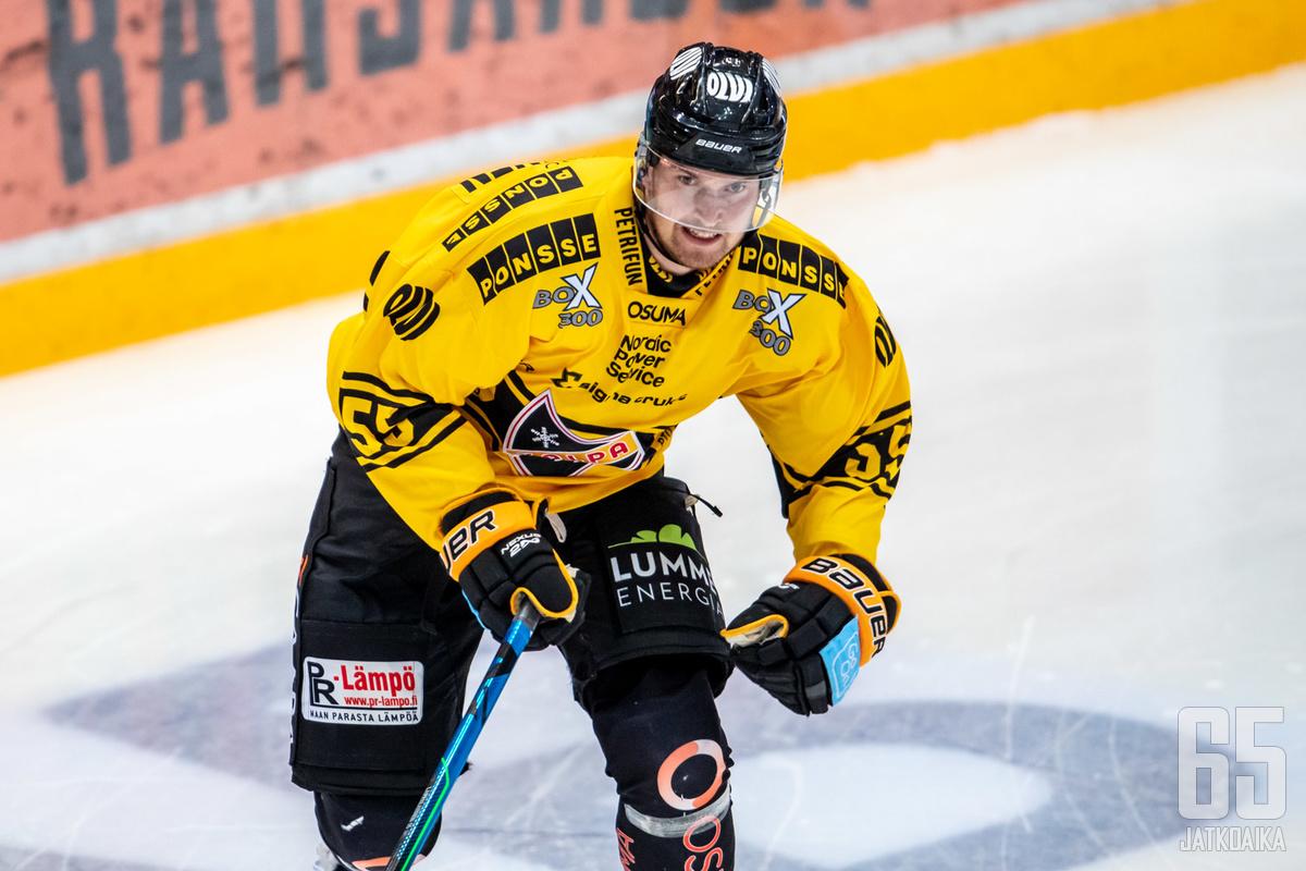 Puolustaja Lasse Lappalainen iski kaksi osumaa.