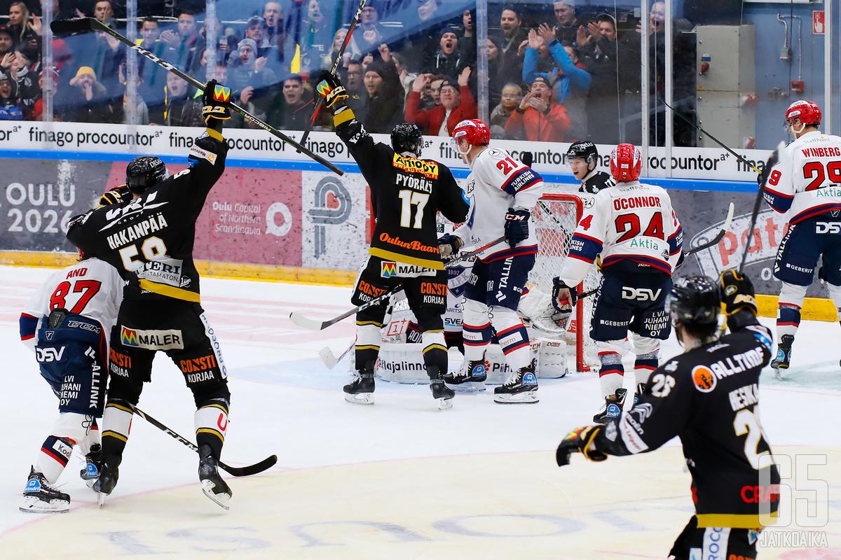 Jani Hakanpää ratkaisi ottelun Kärppien eduksi.