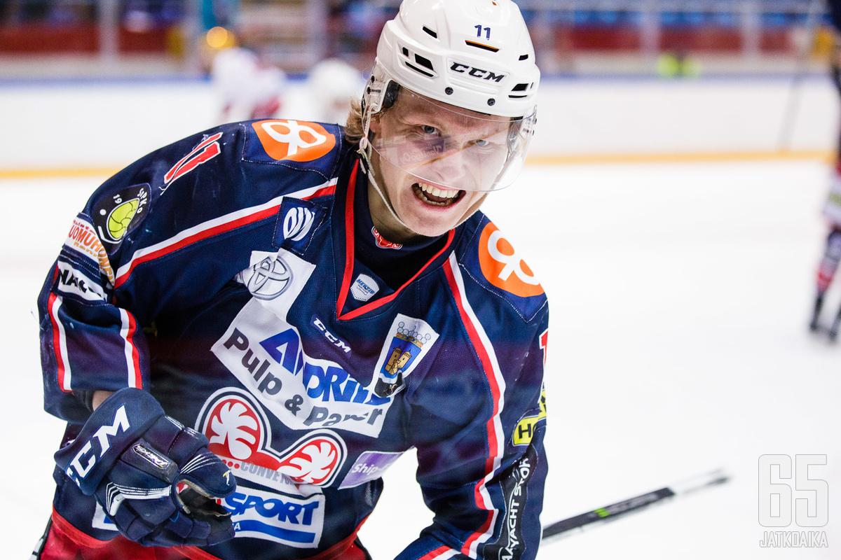Matias Lainio on kuulunut SaPKon avainpelaajien joukkoon molemmilla Mestis-kausillaan.