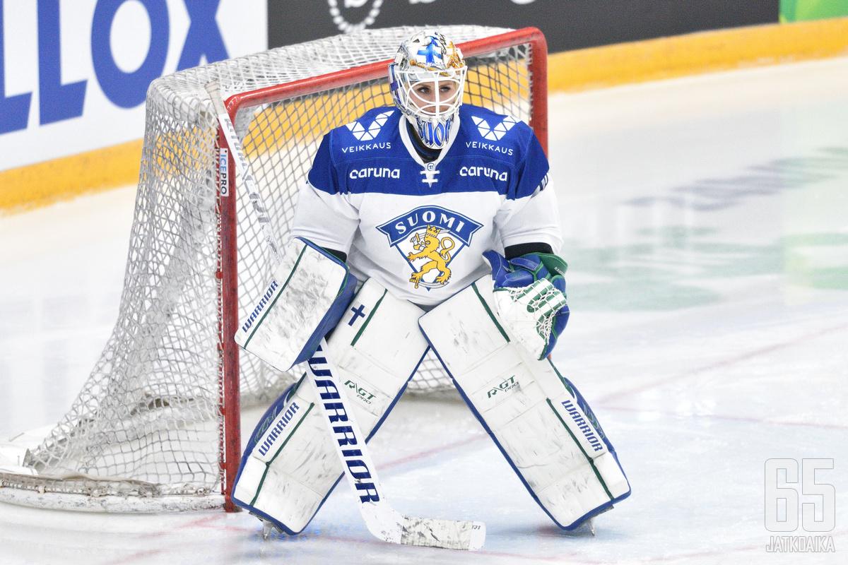 Meeri Räisänen pelaa MM-turnauksen ensimmäisen ottelunsa tulevana yönä.