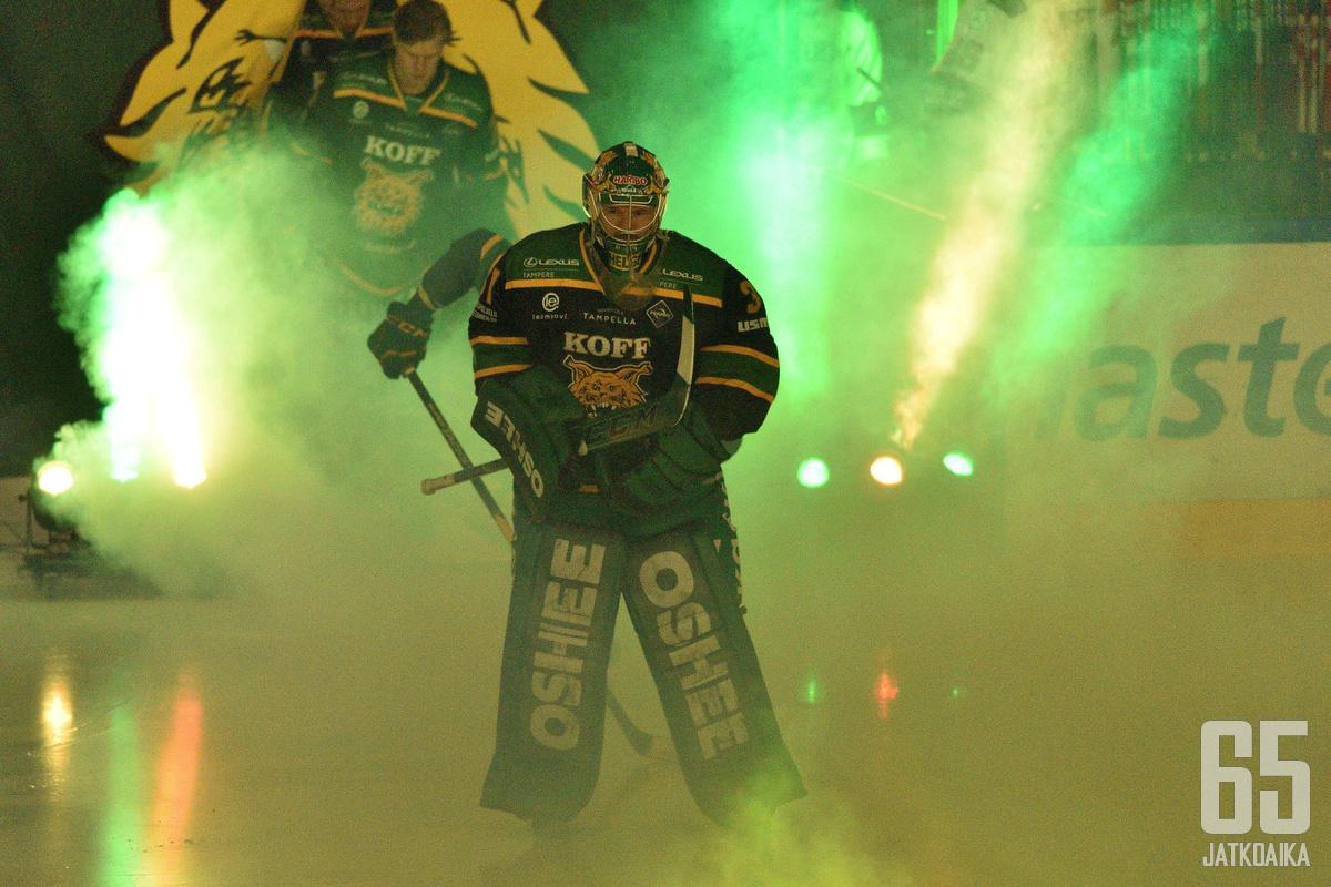 Helenius pelasi uransa varrella muun muassa Ilveksessä.