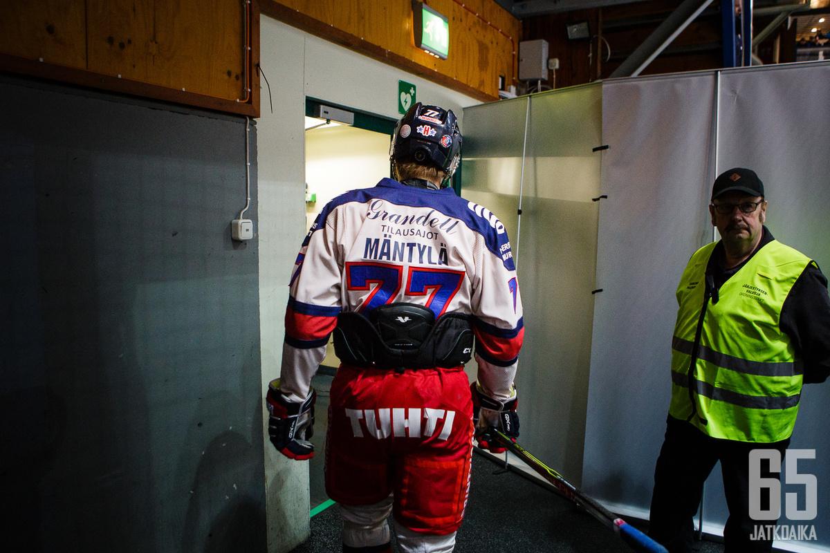 Henry Mäntylän ottelu päättyi avauserässä perjantai-iltana Savonlinnassa.