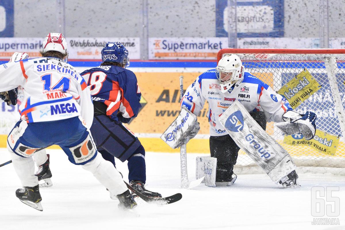 Samuli Tervo torjui hurjalla tasolla sarja-avauksessa Lempäälässä.