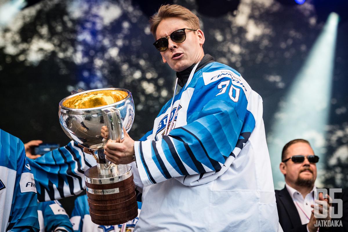 Lankinen sai juhlia MM-kultaa viime vuonna. Nyt edessä on AHL:n tähdistöottelu.