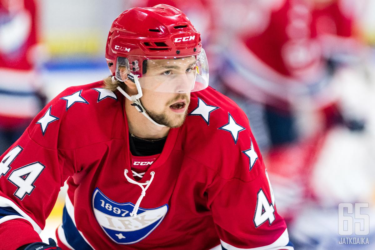 Elias Ulander on pelannut myös HIFK:ssa