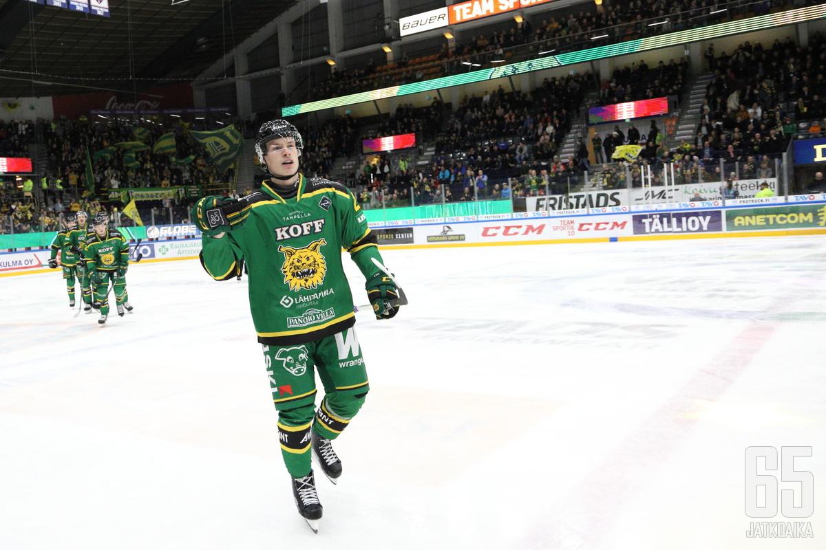 Antti Saarela osui kahdesti Pelicansin verkkoon. Lisäksi tilille kertyi syöttöpiste.