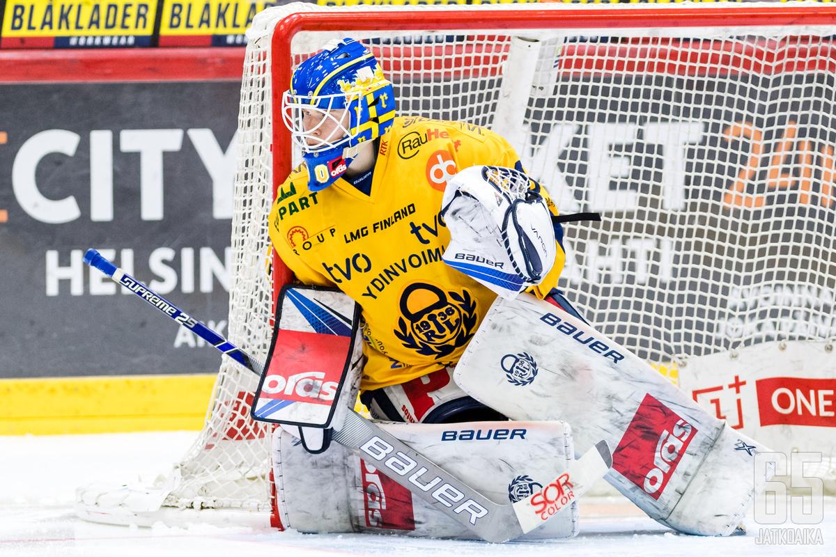Lukkovahti Lassi Lehtinen toimi viimeisenä lukkona vierasjoukkueen maalilla.