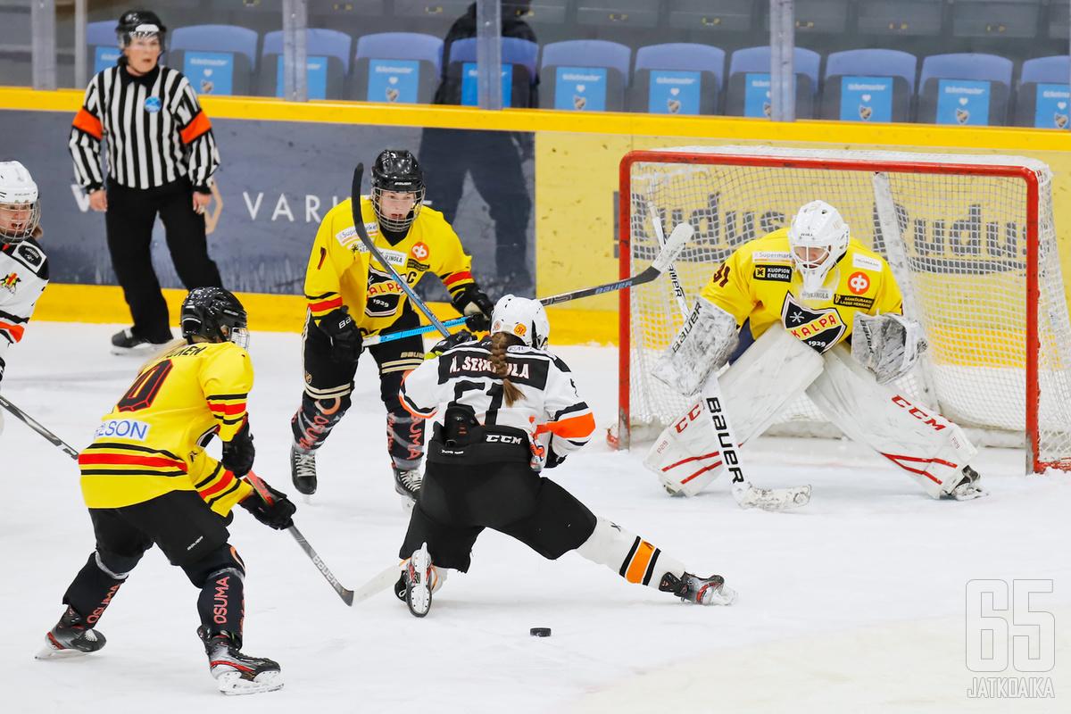 Naisten Liiga jatkuu tauon jälkeen yhdeksällä ottelulla.