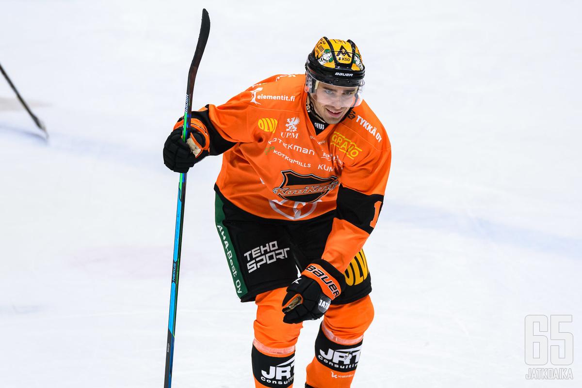 Ahti Oksanen naulasi KooKoon kolmen pisteen voiton ylivoimamaalillaan.