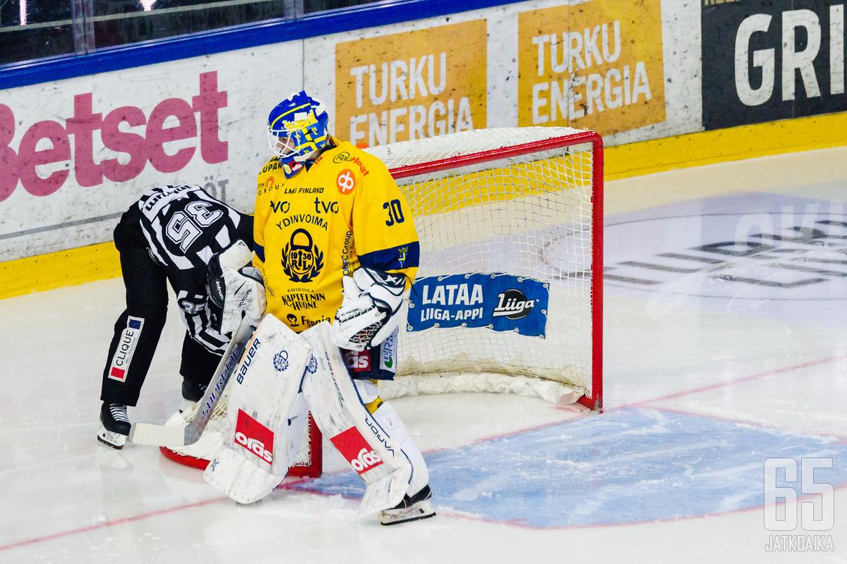 Lassi Lehtinen nollasi Kärpät pelaten kauden toisen nollapelinsä.