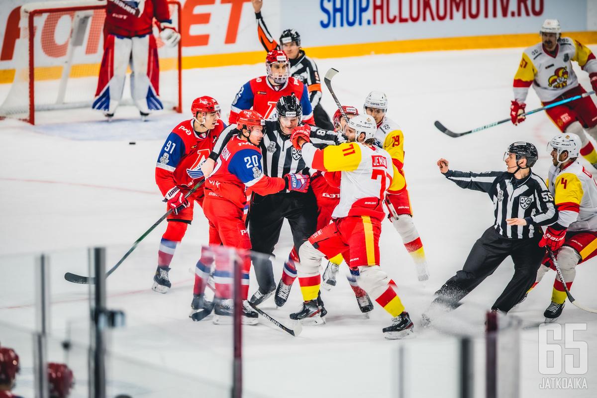 Jaroslavlin perjantai-ilta oli tunteikas,