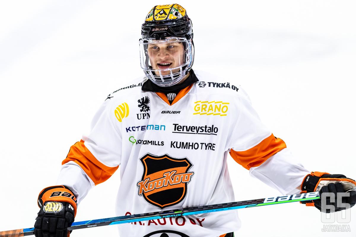 Björkqvist kiekkoili viime kaudella KooKoossa.