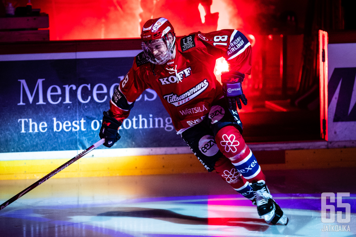 Teemu Tallbergille loistava 400. ottelun juhlapeli Nordiksella.