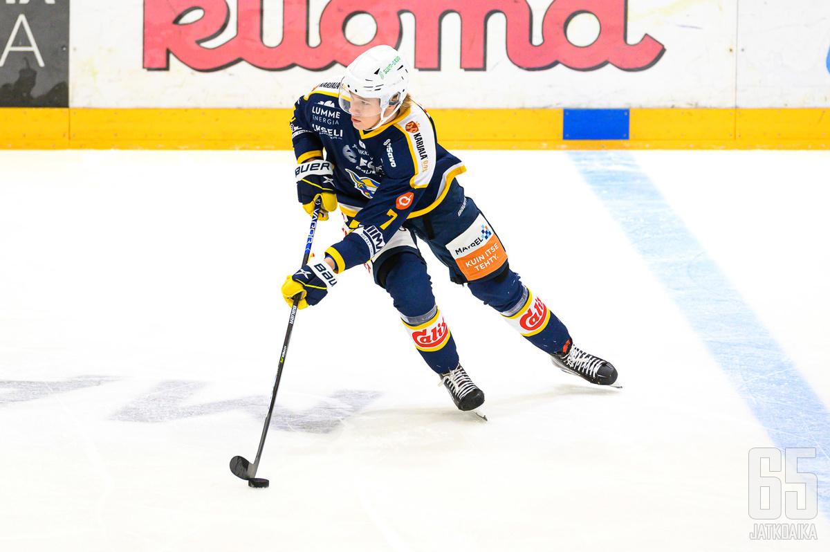 19-vuotias Joni Jurmo oli Jukurien parhaimmistoa illan ottelussa.