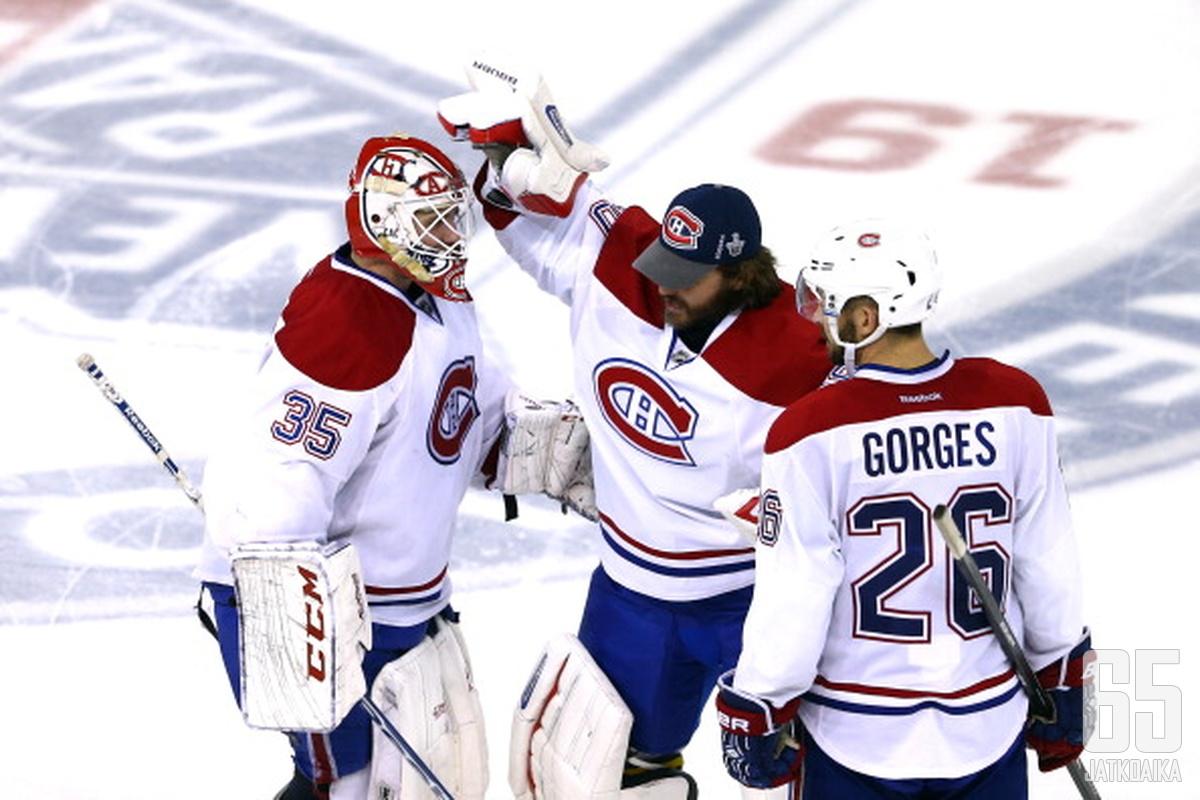 Dustin Tokarski (vas.) ohitti Peter Budaj'n Canadiensin maalivahtihierarkiassa viime keväänä.