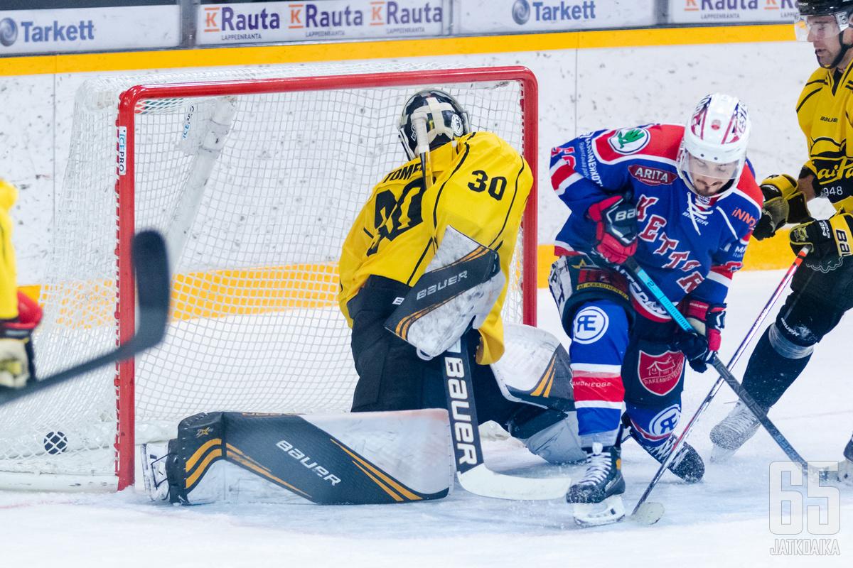 Runkosarjan voittajasuosikki Imatran Ketterä valmistautui kauteen pelaamalla liigajoukkueita vastaan, voitokkaasti.