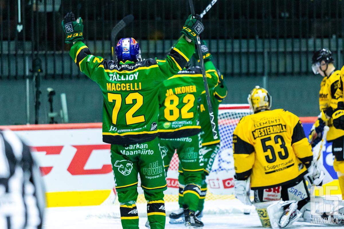 Ilves juhli voittoa Tallinnassa.