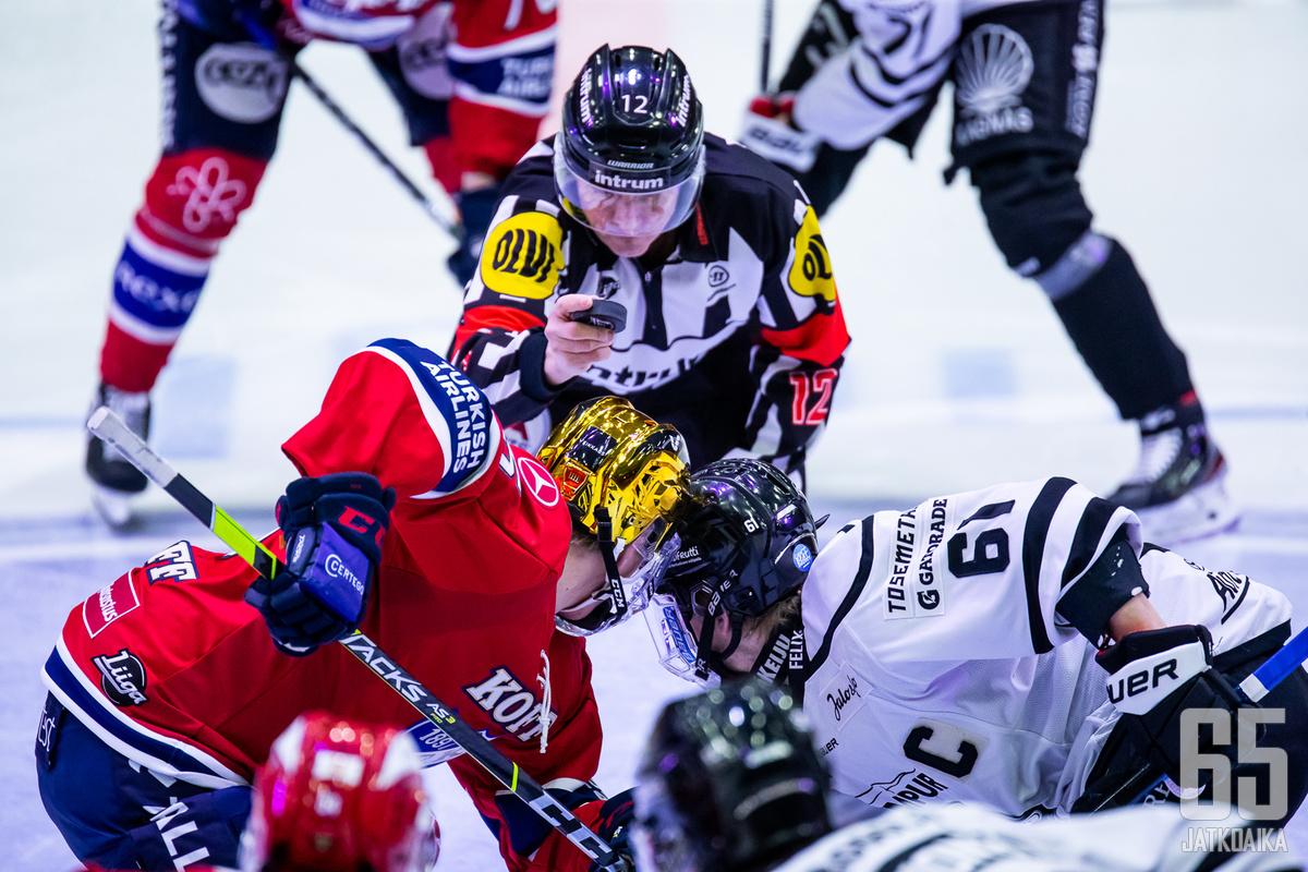 HIFK ja TPS kohtaavat välierissä.