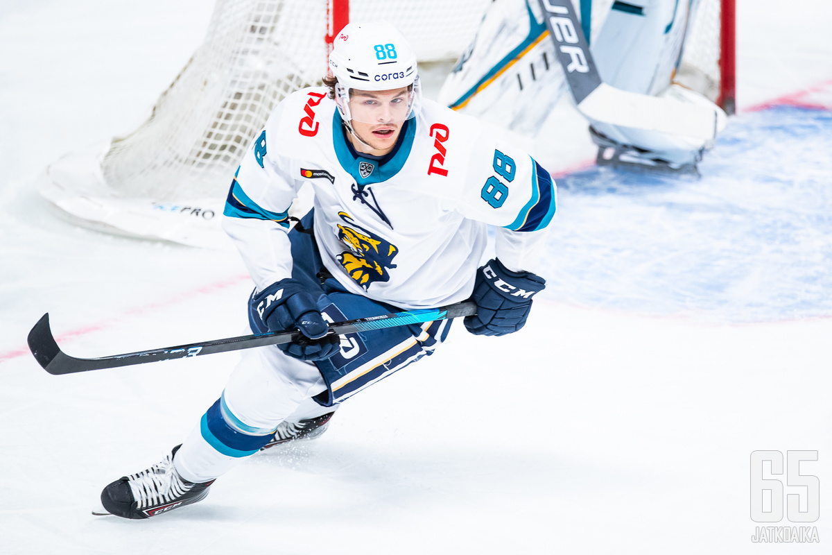 Strömwall siirtyi viime kaudeksi KHL:n.