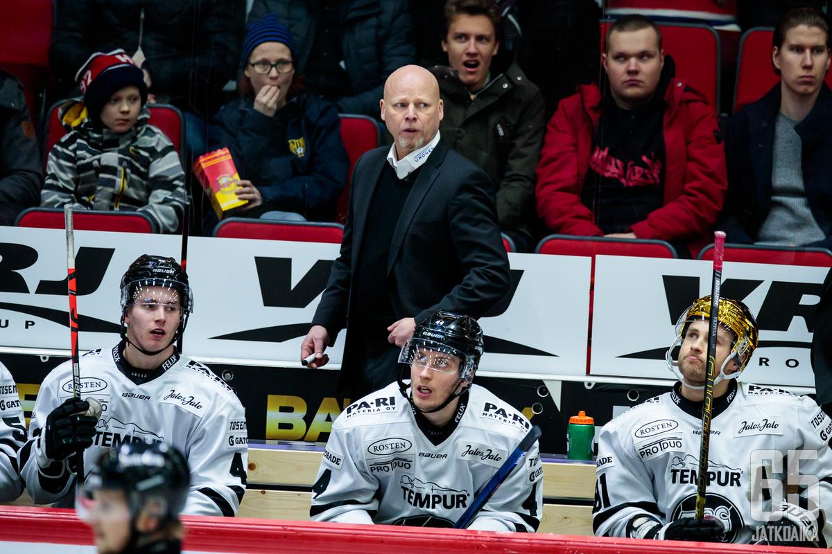 Marko Virtanen on pystynyt nostamaan TPS:n taistelemaan pudotuspelipaikasta.