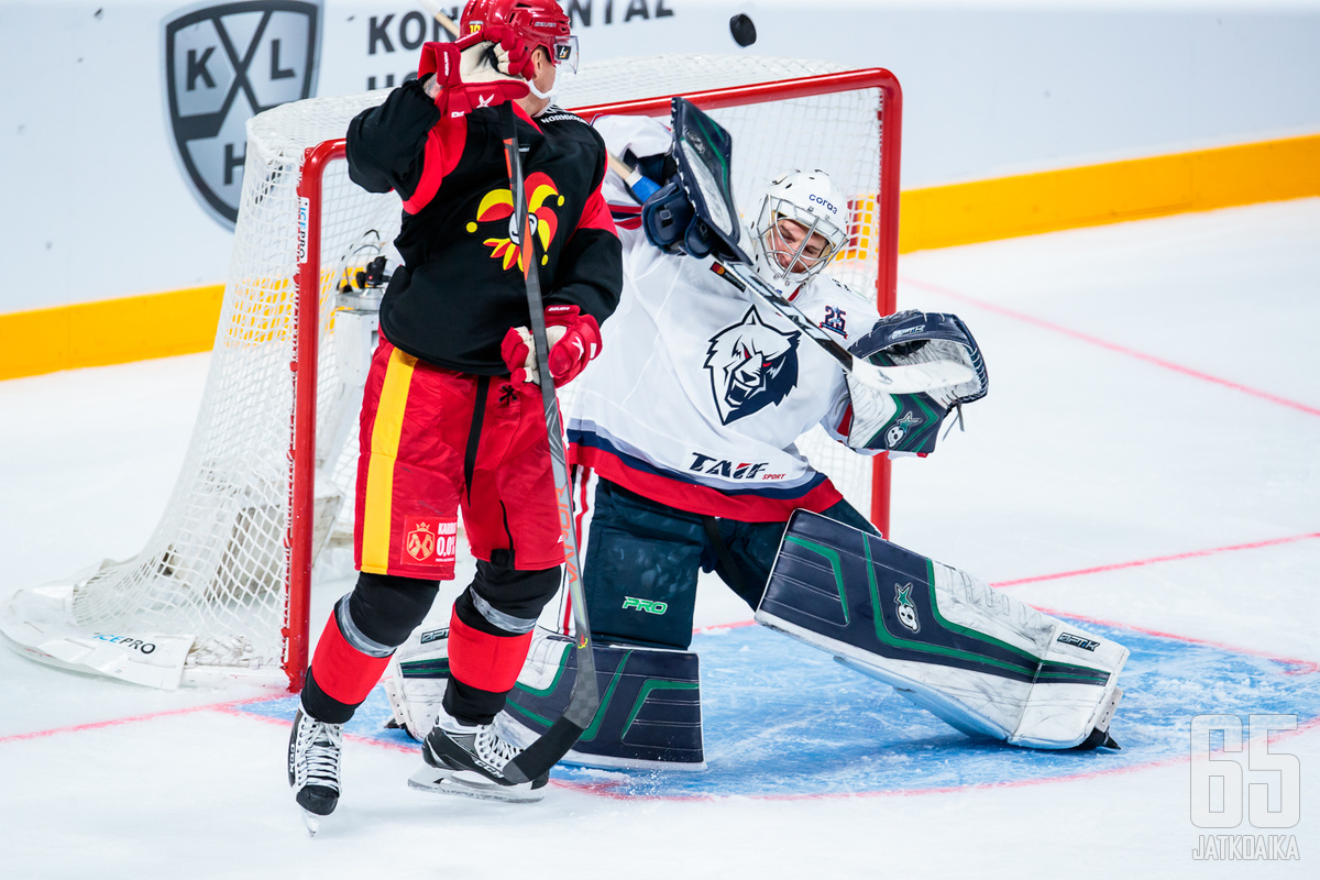 Neftehimik kävi keskiviikkona Helsingissä häviämässä Jokereille.