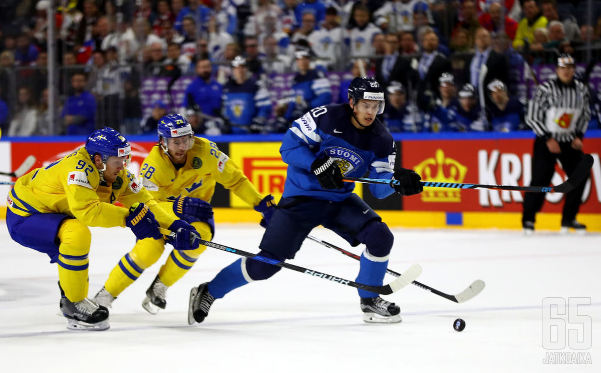 Karkaako Sebastian Ahon edustama Suomi Gabriel Landeskogin ja Elias Lindholmin Ruotsilta?