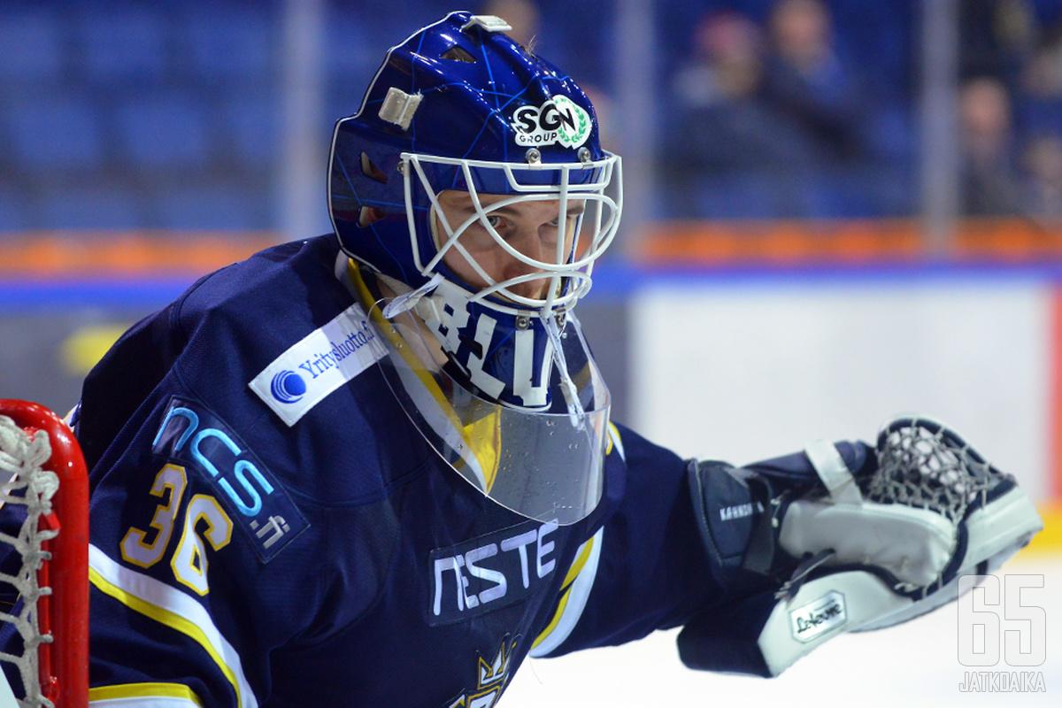 Kaapo Kähkönen edusti päättyneellä kaudella Espoo Bluesia.