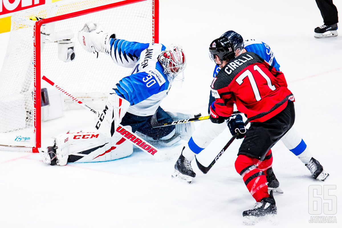 Maailmanmestari debytoi NHL:ssä.