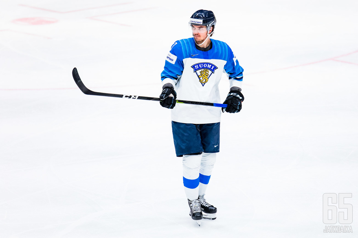 Oliwer Kaski seurakaverinsa Ville Pokan kanssa olivat ainoat muutokset leijonalaumaaan tulevaan EHT-turnaukseen.