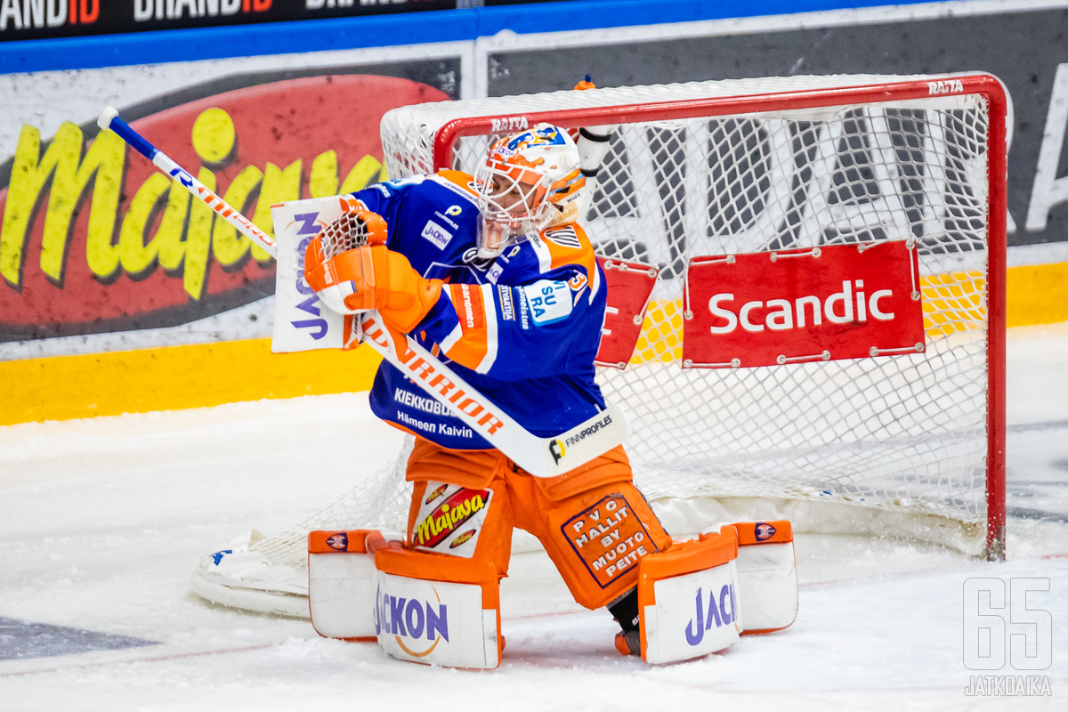 Christian Heljanko torjui joukkueelleen voiton.