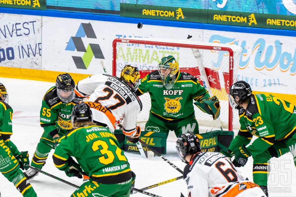 Petri Kontiola pelaa tällä kaudella HPK:ssa.