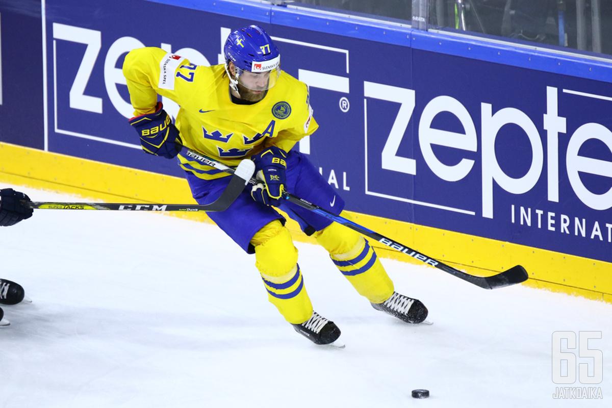 Victor Hedman palkittiin yhtenä Ruotsin parhaista pelaajista MM-kisoissa.