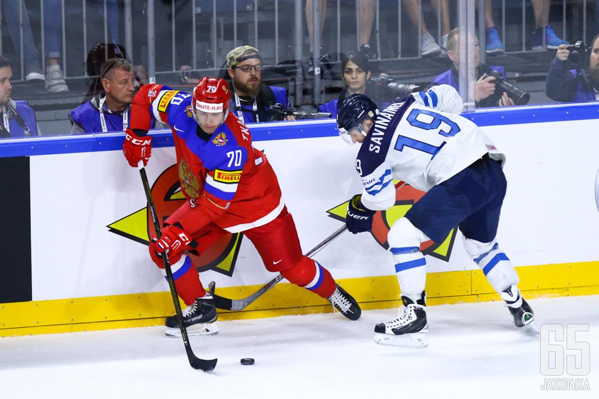 Veli-Matti Savinainen oli Leijonien kolmanneksi tehokkain pistemies 3+4-tehoin.