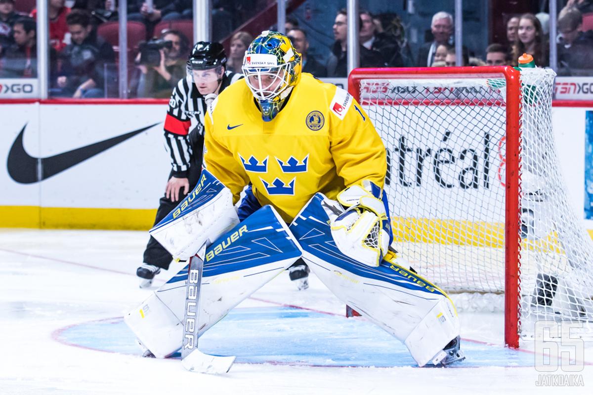 Felix Sandström ei saavukaan Turkuun torjumaan.
