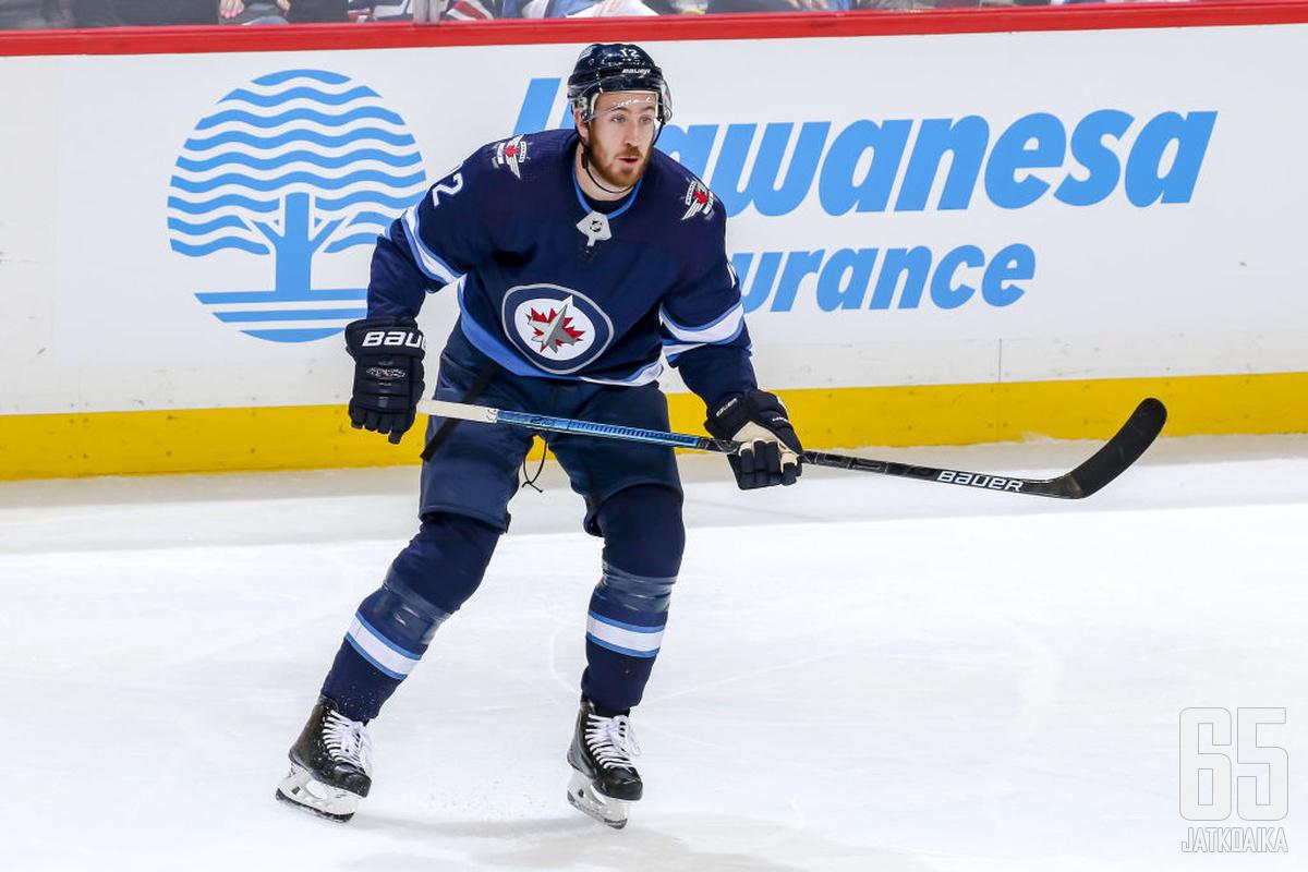 Kevin Hayes yrittää päästä sopimukseen Philadelphia Flyersin kanssa.