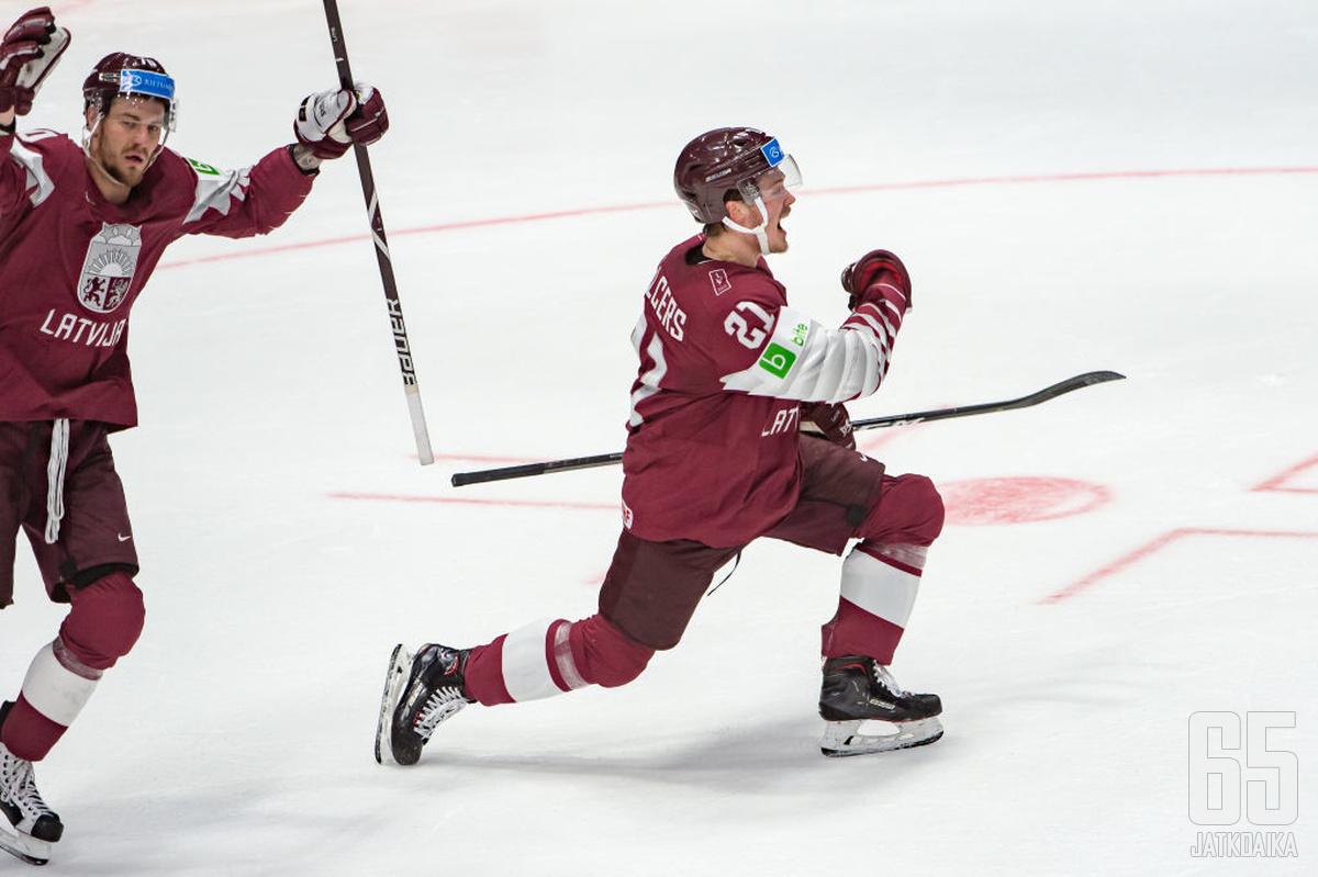 Rūdolfs Balcers oli ottelun hahmoja, kun Latvia jyräsi Unkarin 9–0.