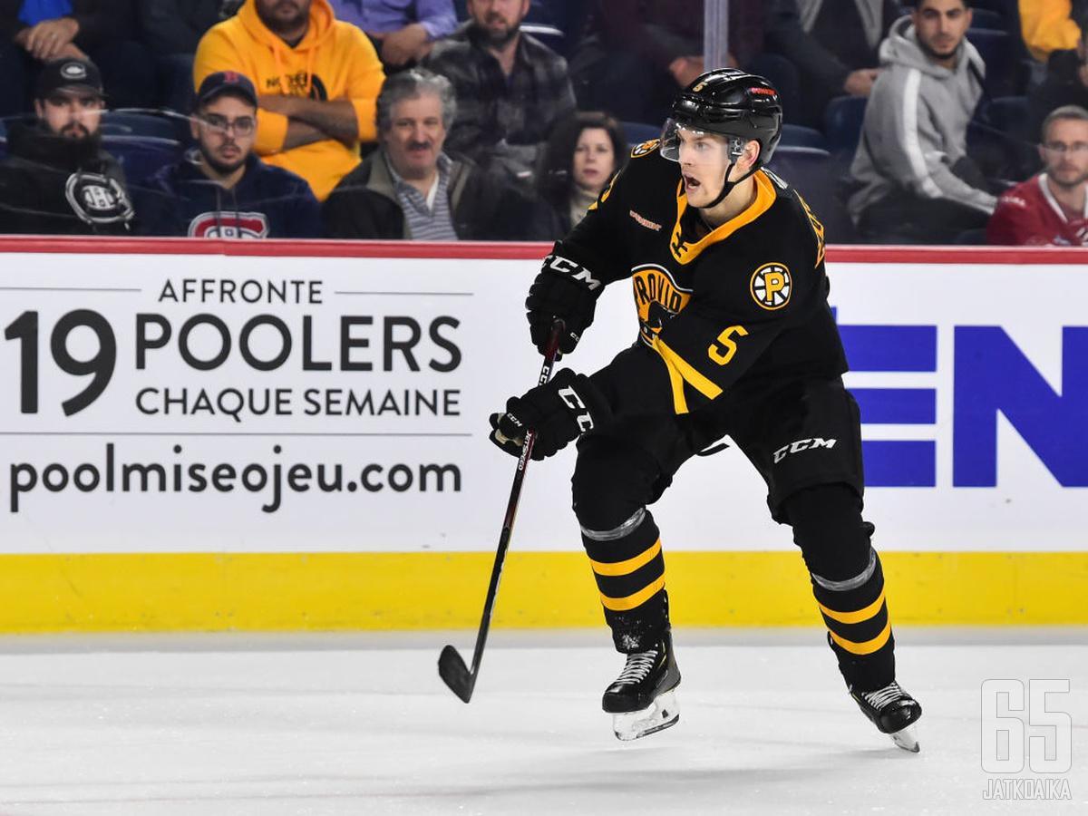 Vaakanainen on kiekkoillut kaksi viime kautta pääosin AHL:ssa.