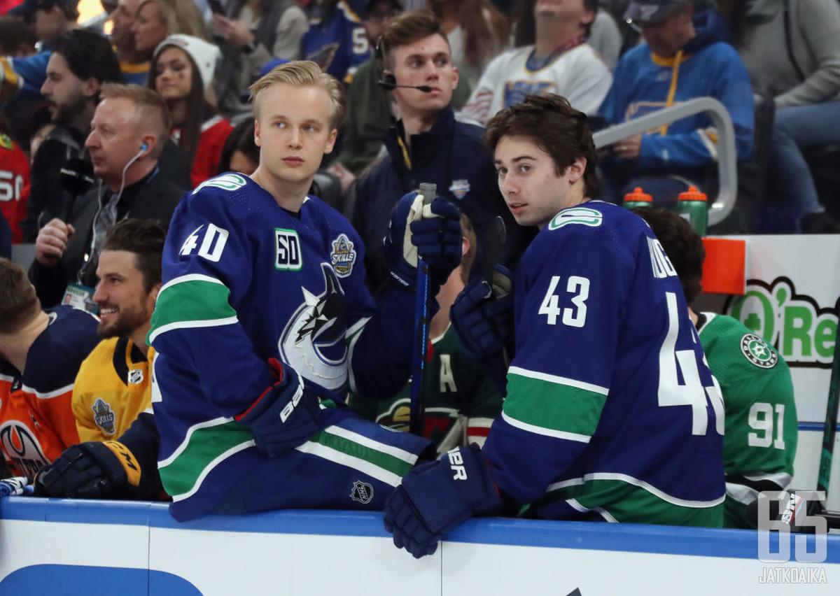 Elias Petterssonilta ja Quinn Hughesilta odotetaan tehoja.