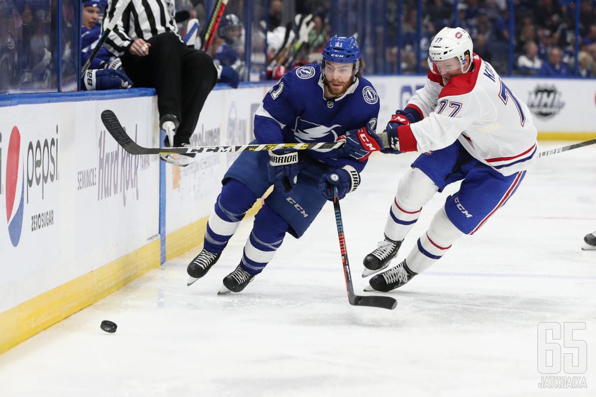 Brayden Point on tehnyt pudotuspeleissä toistaiseksi 14 maalia – siinä on Canadiensilla pysäyttämistä.