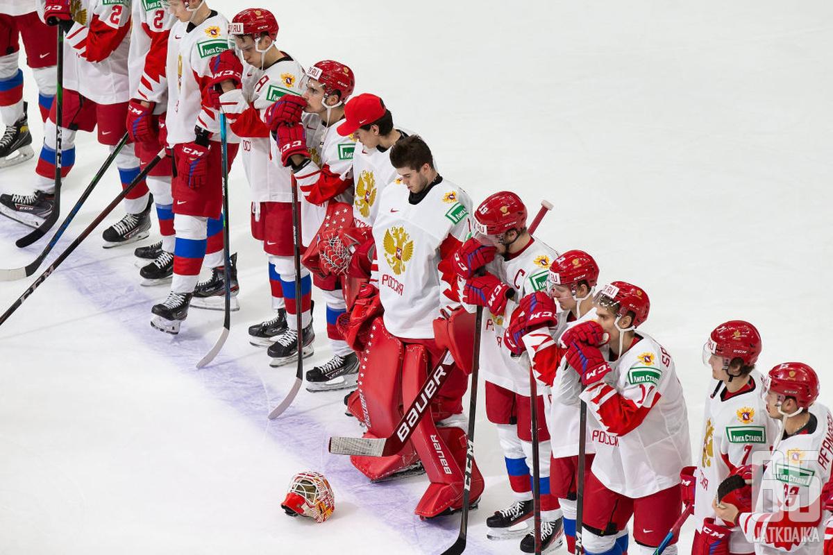 Venäläispelaajat olivat Kanada-ottelun jälkeen ymmärrettävästi pettyneitä.