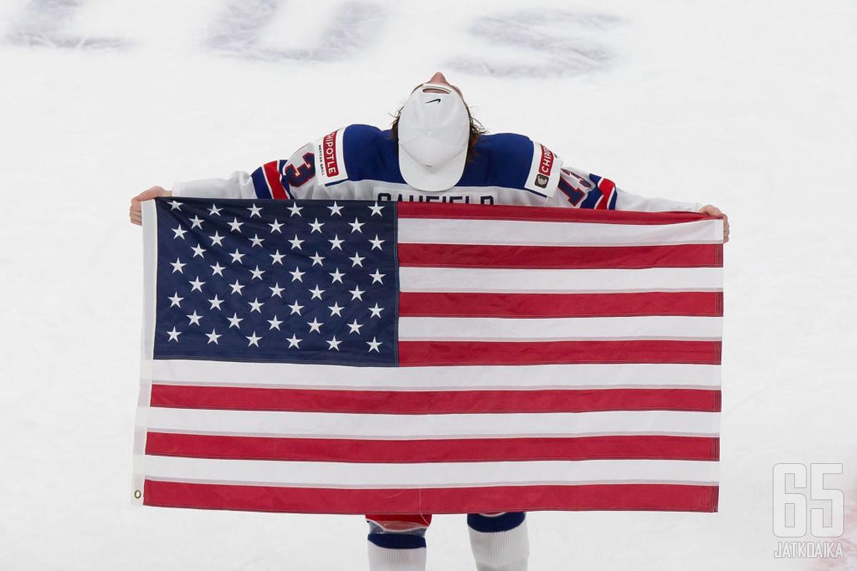 Yhdysvallat on alle jääkiekon maailmanmestari 2021 alle 20-vuotiaiden ikäluokassa.